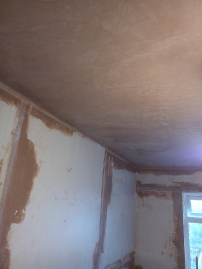 plaster still not dry in master bedroom